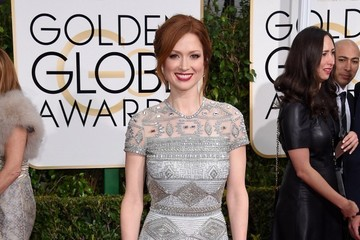 Ellie Kemper  Arrivals at the Golden Globe Awards