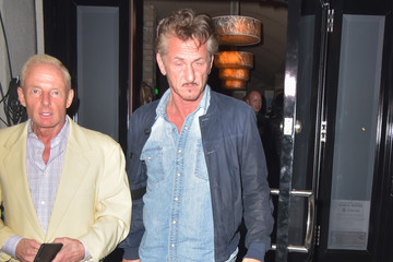Elliot Mintz Sean Penn Eats at Craig's Restaurant in West Hollywood