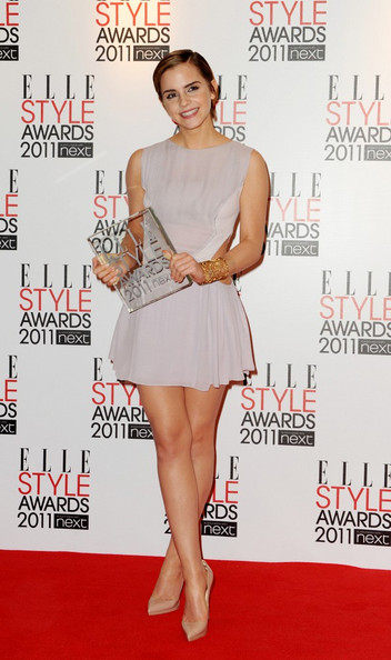 elle style awards in this photo emma watson the 2011 elle style awards ...