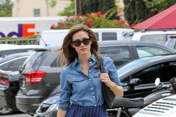 Emmy Rossum Emmy Rossum Goes Shopping