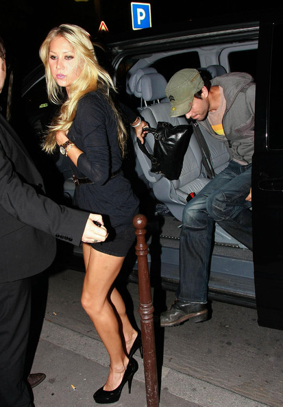 Enrique Iglesias Enrique Iglesias and Anna Kournikova step out for a date ...