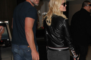 Eric Johnson Jessica Simpson and Eric Johnson Hit at LAX