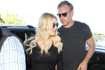 Eric Johnson Jessica Simpson and Eric Johnson Are Seen at LAX