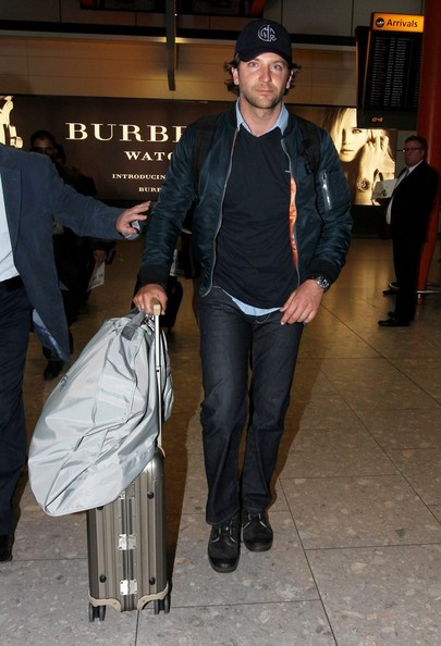 Bradley Cooper Lands In London Pictures Zimbio