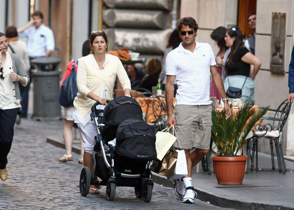 Roger Federer Out with Family