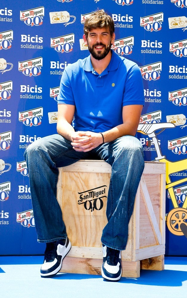 marc gasol photos photos the gasol brothers donate bikes