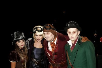 George Celebs Attend Jonathan Ross' Halloween Party — Part 6