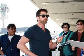 Gerard Butler Gerard Butler Arrives at LAX