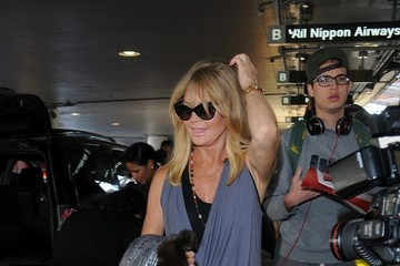 Goldie Hawn Kate Hudson and Goldie Hawn at LAX