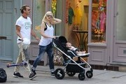 Gwen Stefani Spends the Day with Family