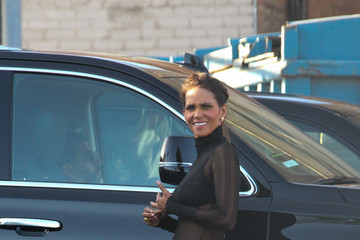 Halle Berry Halle Berry Stops by 'Jimmy Kimmel Live'