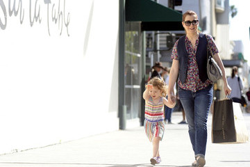 Satyana Marie Denisof Alyson Hannigan and Satyana Pick Up Lunch