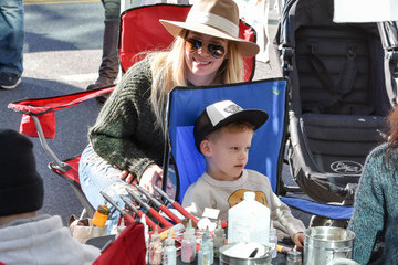 Hilary Duff Luca Comrie Hilary Duff and Son Luca Are Seen at the Farmer's Market