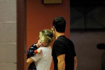 Hilary Duff Mike Comrie Hilary Duff Takes Luca to the Doctor