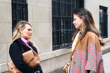 Hilary Duff Sutton Foster Hilary Duff And Sutton Foster Are Seen On The Set Of 'Younger'