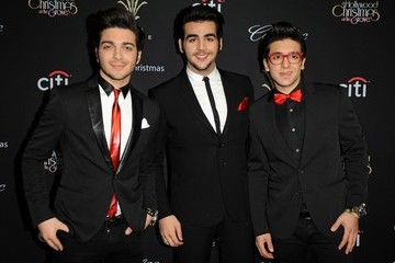 Ignazio Boschetto The Grove's Christmas Tree Lighting Spectacular