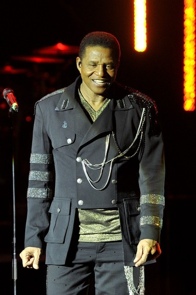 who is jackie jackson dating About jackie jackson is a 67 year old american singer born sigmund esco jackson on 4th may, 1951 in gary, indiana, usa, he is famous for the jackson 5 his zodiac sign is taurus.