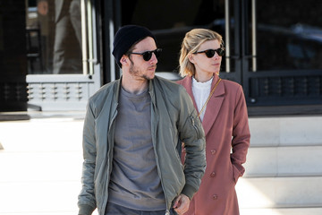 Jamie Bell Kate Mara and Jamie Bell Go Shopping