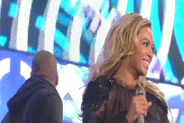 Jay-Z Beyonce Knowles Stars at the Sound of Change Live at Twickenham