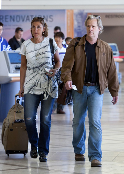 Jeff Daniels and Kathleen Treado Depart from LAX - Zimbio
