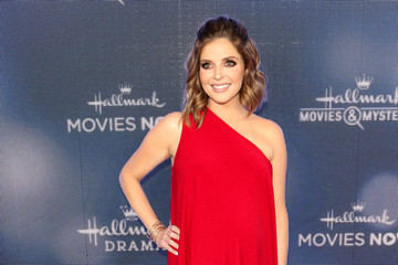 Jen Lilley Hallmark Channel And Hallmark Movies And Mysteries Summer 2019 TCA Press Tour Event - Arrivals