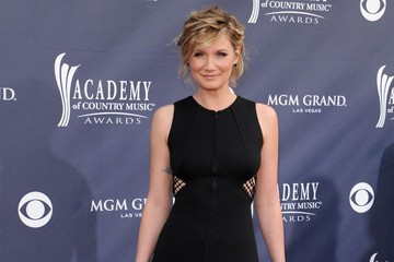 Jennifer Nettles 46th Academy of Country Music Awards
