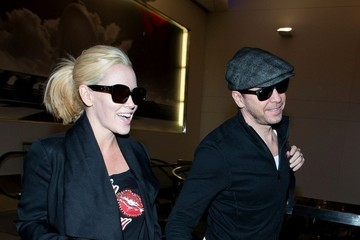 Jenny McCarthy Jenny McCarthy and Donnie Wahlberg Arrive at LAX