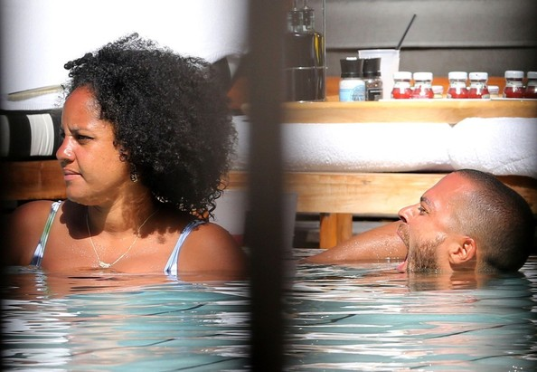 Jesse Williams Aryn Drake Lee Photos Jesse Williams And His Wife At The Pool 6 Of 8 Zimbio