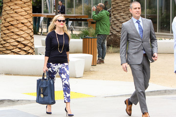 Jim Toth Reese Witherspoon Goes Out With Husband Jim Toth