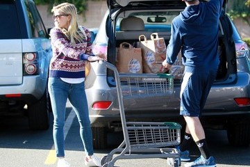 Jim Toth Jim Toth and Reese Witherspoon Goes Shopping