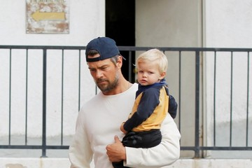 Josh Duhamel Josh and Fergie Have a Family Day