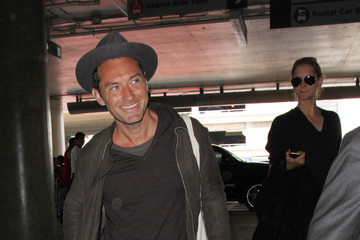 Jude Law Jude Law Is Seen at LAX