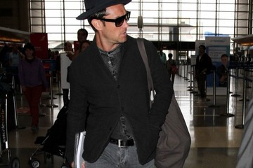 Jude Law Jude Law Seen at LAX