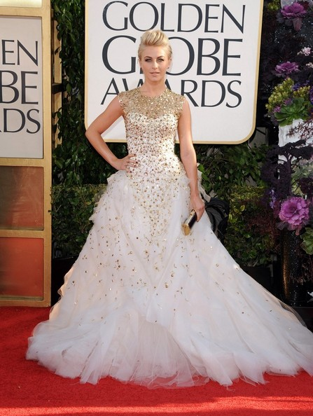 {Exterior} Cavalariças Julianne+Hough+70th+Annual+Golden+Globe+Awards+B7DGua-4cLpl