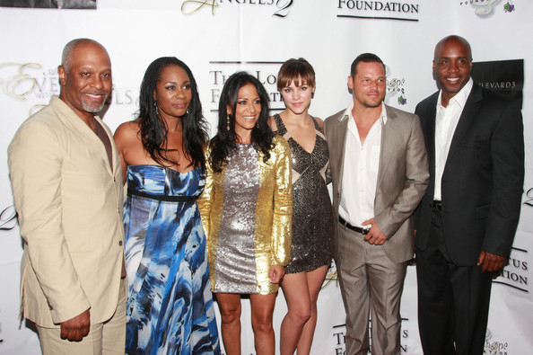 http://www2.pictures.zimbio.com/bg/Justin+Chambers+Elevate+Hope+Foundation+SlG4RE07qFql.jpg