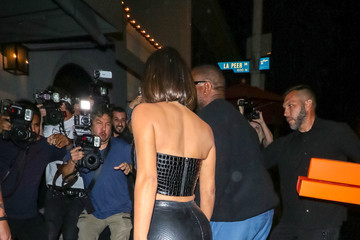 Kanye West Kim Kardashian Outside Craig's Restaurant In West Hollywood