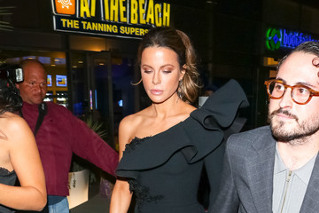 Kate Beckinsale Kate Beckinsale Is Seen Outside 'The Dirt' Premiere At Arclight Theatre In Hollywood