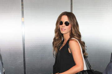 Kate Beckinsale Kate Beckinsale Is Seen at LAX