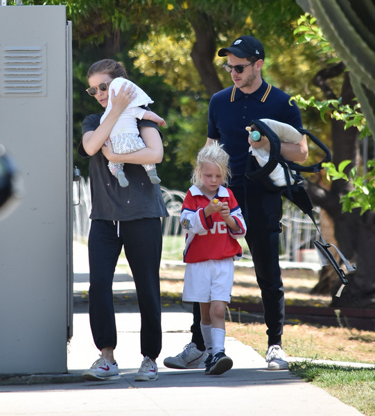 Kate Mara And Jamie Bell In Los Angeles