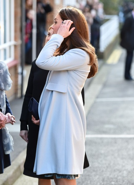 Kate Middleton - Kate Middleton Attends a Coffee Morning — Part 2