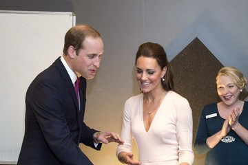 Kate Middleton The Royal Couple Hangs in Adelaide