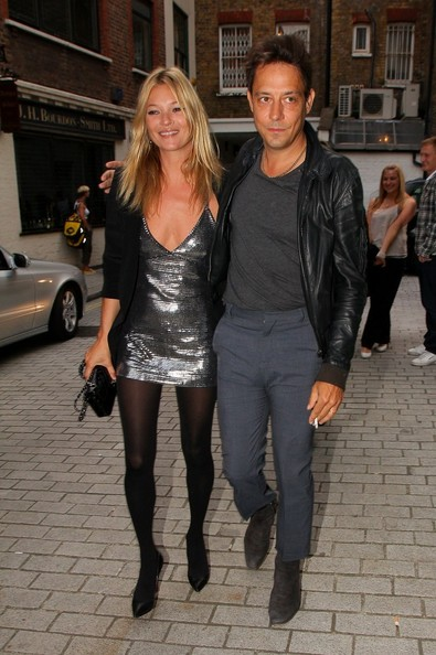 Kate Moss Newlyweds Kate Moss and Jamie Hince leave the White Cube Gallery in Hoxton.