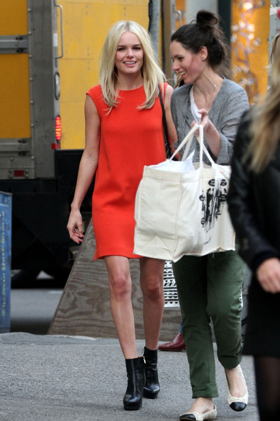 Kate Bosworth rocks a retro look while out shopping in SoHo.
