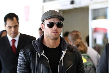 Kellan Lutz Kellan Lutz at LAX