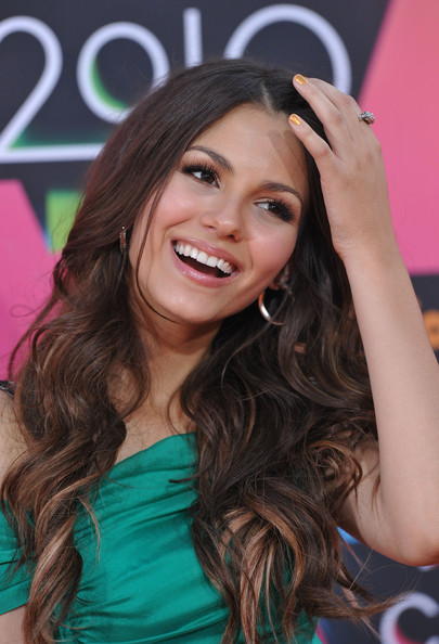Victoria Justice Nickelodeon's 23rd Annual Kids' Choice Awards.UCLA's Pauley Pavilion, Los Angeles, CA.March 27, 2010.