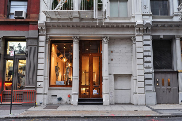 Nyc clothing stores. Clothes stores