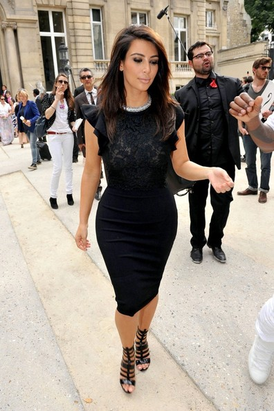 Kim Kardashian Pictures Celebs At The Valentino Show In Paris Zimbio