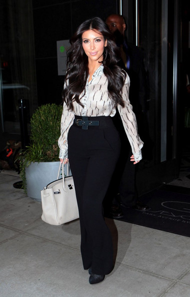 Kim kardashian in high waist jeans