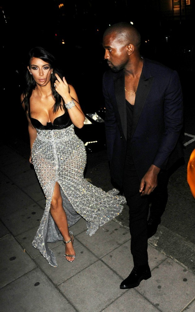 kobe bryant kim kardashian dating Tatum says that kobe is his idol, and that he grew up trying to pattern his game after kobe bryant's this is probably a reason why he looked so polished as a scorer during his rookie season, going toe to toe with lebron james in the eastern conference finals.