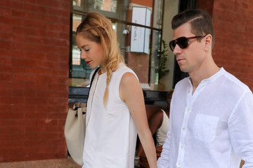 Kyle Newman Jaime King Runs Errands
